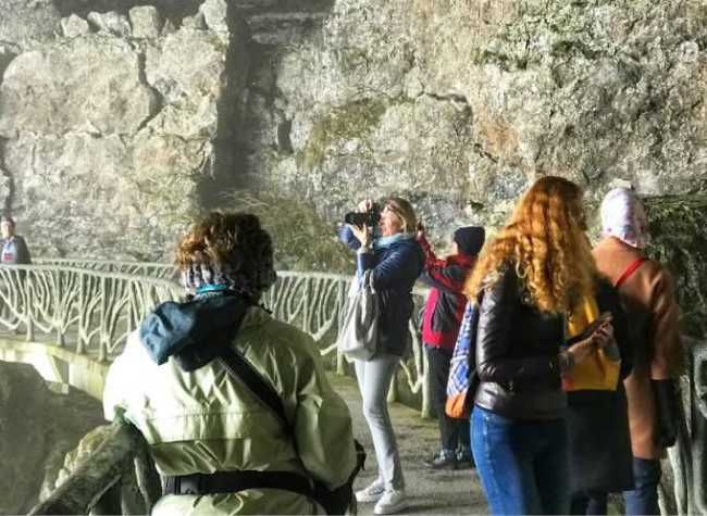 160+ Travel Agents Go to Chongqing in Search of Natural Heritage