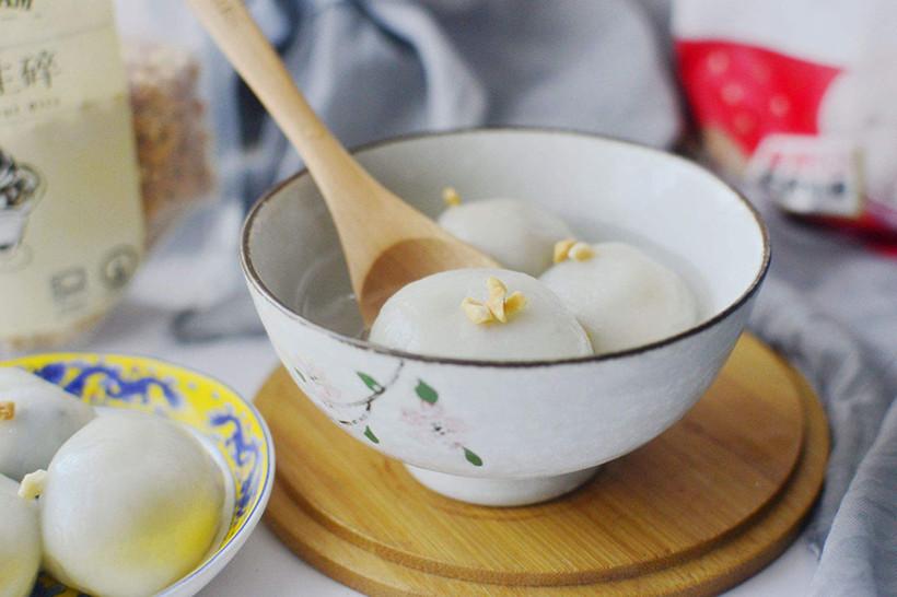Lantern-Festival-tangyuan-sweet-dumplings
