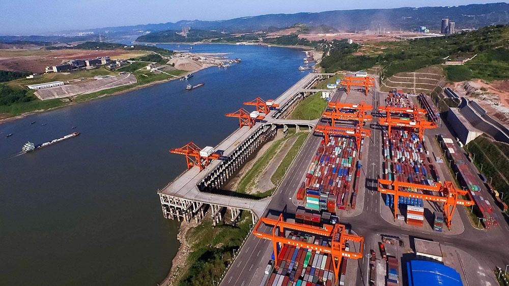 Enterprises-port