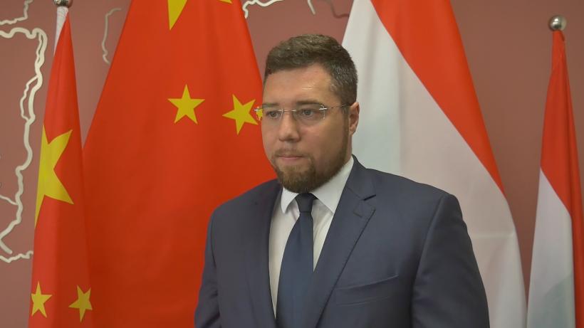Dióssi Lóránd, Consul General of Hungary in Chongqing