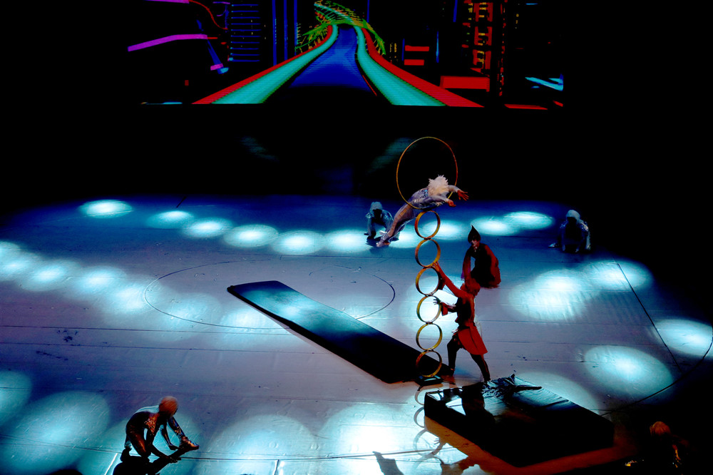 Acrobatic-Show-jumping-ring