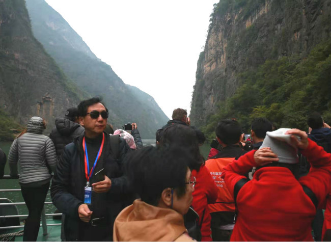 Sailing through the Three Gorges to Experience the Unique Culture and History