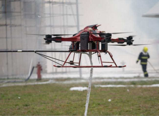 The First Fire Drill for High-Rise Fire Fighting Drones Was Held in Dazu, Chongqing