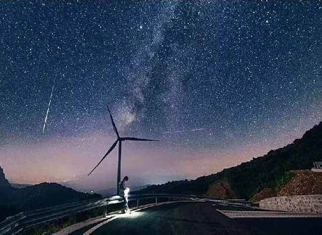 Fantastic Places to See Windmills in Chongqing's Summer