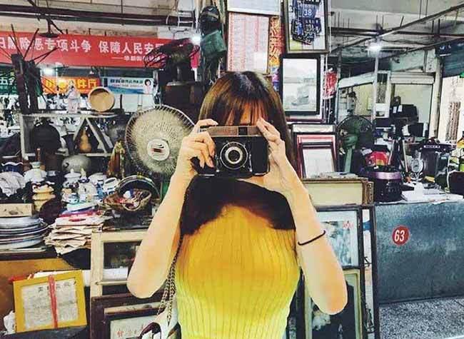 Memories of Chongqing are Hidden in the Flea Fairs