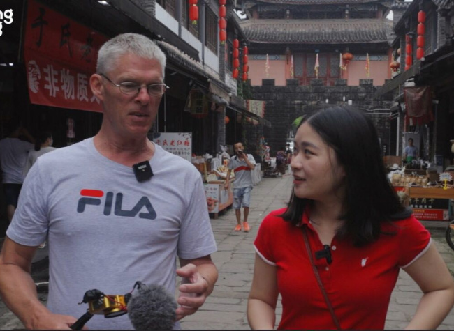 A Fun Exploration into Longxing Ancient Town Chongqing with Gweilo 60 | Travel Guide Special Edition