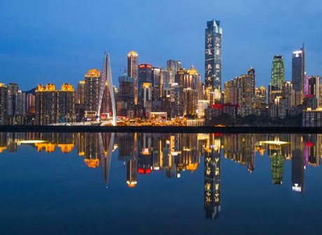 Your Preference for Chongqing - The Resplendent Skyline of Day, or the Nocturnal Radiance of City Lights?