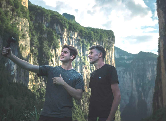 Barrett in Chongqing: We Met Some of the Most Incredible Sights We've ever Seen