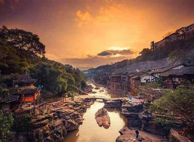 Charming Stilt Houses in Chongqing