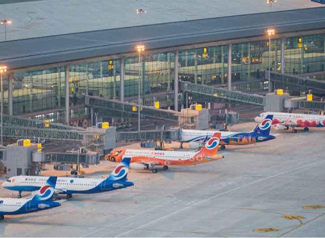 Chengdu and Chongqing to Build International Aviation Hub Together