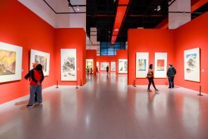 Paintings about Snow Mountains on Plateaus Displayed in Chongqing Art Museum