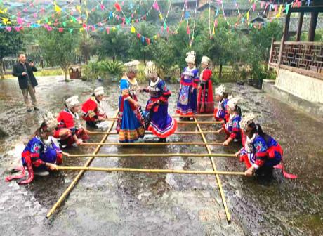 Once Impoverished Luojiatuo Miao Village Transformed into Scenic Area
