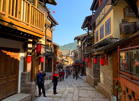 Explore the Historical and Picturesque Old Streets of Newly Restored Huangjueya