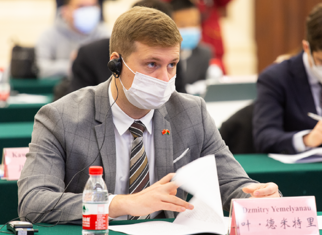 Dzmitry Yemelyanau: Impressed by Chongqing's Success on Epidemic Control and Flood Recovery