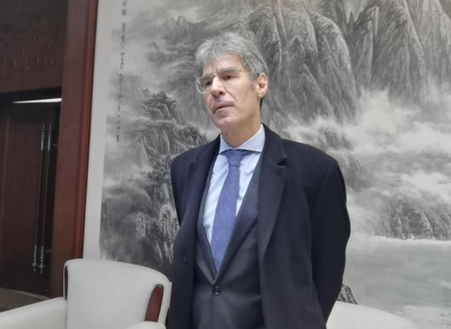 Dutch Consul General Refers Chengdu-Chongqing as Economic Powerhouse in West China