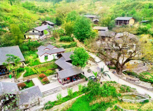 China's Chongqing Transforms Heavy Industry into Beautiful Ecological Villages