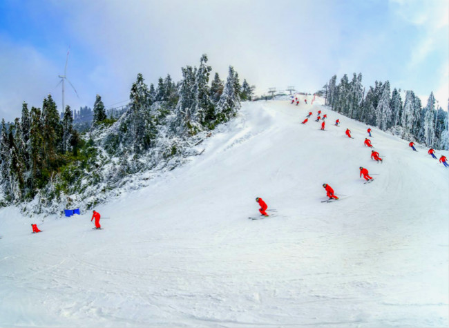 Nantian Lake and Ski Resort Upgraded with 57 Year Round Tourist Experiences