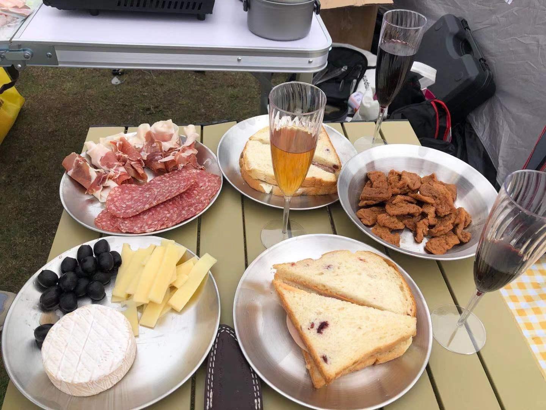A delicious picnic