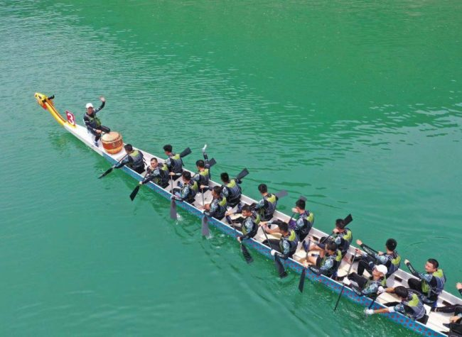 2nd Chongqing Dragon Boat Open Kicked off in Wulong ahead of Festival