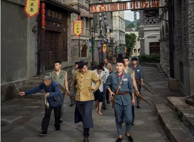 Flashback to the Old Times at the Liangjiang International Film City